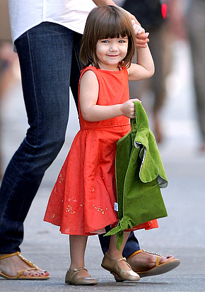Suri-cruise-the-cutest-1